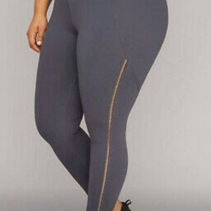 LIVI Active Lane Bryant High Waisted Capri Legging
